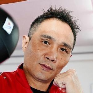 [ボクシング元世界チャンピオン 竹原慎二さん]膀胱がん(6)13時間の手術、痛みに耐え