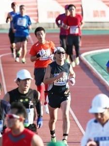 防府読売マラソンでゴールに向けて最後の力を振り絞る筆者(2013年12月)
