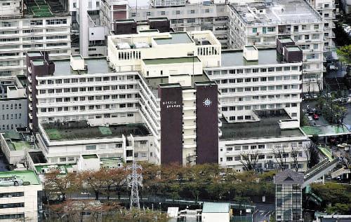 新たな臨床研究不正疑惑が浮上した聖マリアンナ医大病院(川崎市で、読売ヘリから)