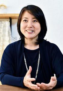 [杉田かおるさん]仕事を減らし母介護