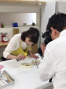 体外受精のニュースから透けて見えた日本の子育て事情