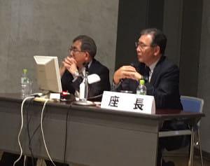 シンポジウムで減塩の大切さを訴える日本高血圧学会減塩委員会の土橋卓也委員長(左)と福岡大学筑紫病院副病院長の浦田秀則さん