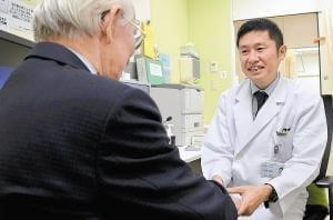 関節リウマチの今(2)75歳以上での発症増加