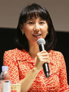 「夫も本気になった」と語る東尾さん(昨年11月28日、読売新聞東京本社で)=高梨義之撮影
