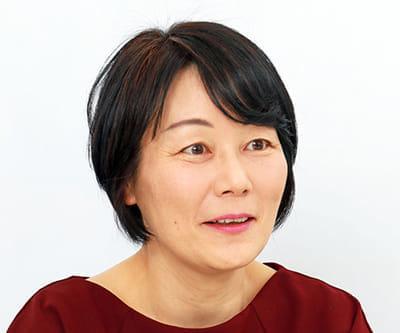 南杏子(みなみ・きょうこ)1961年、徳島県生まれ。日本女子大学卒業後、出版社勤務を経て東海大学医学部に学士編入。東京都内の終末期医療専門病院に内科医として勤務。2016年、終末期医療のあり方を問う「サイレント・ブレス」で作家デビュー。
