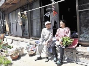 [老いをどこで]地域「超高齢の村」(1)自助と共助 不便感じず
