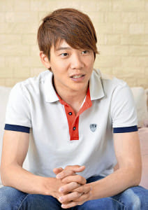 日本中央競馬会(JRA)騎手 三浦皇成さん]骨盤骨折(1)落馬 そこ ...
