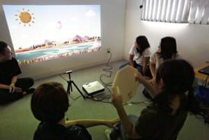 ゲームで夢中、子どものリハビリ…デジタルアート活用「またやりたい」