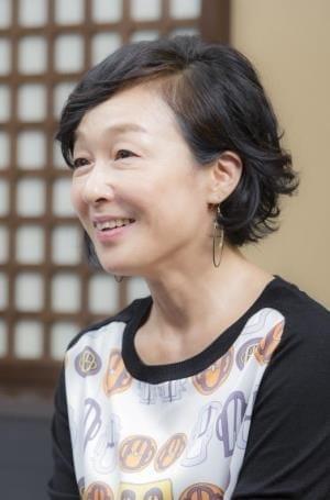 [女優 キムラ緑子さん](下)「たまに会う」劇作家の夫 一度離婚した人とまた一緒に生きるのは「いい具合」です