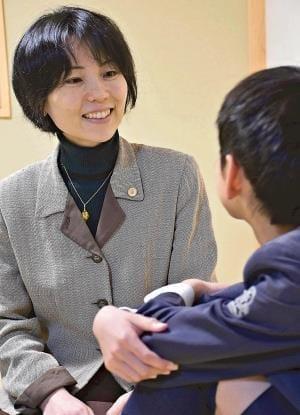 自閉症長男と勇気の一歩…志布志移住、開けた未来 弁護士 内藤由佳さん