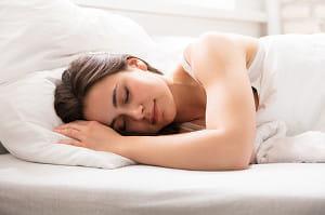 慢性腎臓病、透析回避のカギは睡眠