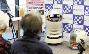 漫才ロボ、がん患者にウケた?…甲南大が開発、大阪で実験