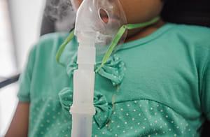 百日咳予防は定期接種4回では不十分 科学が反映されないニッポン