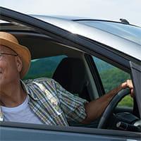 「運転はやめて」と言うと、免許証を抱えて布団にもぐった父…1年間に及ぶ格闘の結末は?