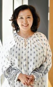 [歌手 麻倉未稀さん]乳がん(1)思わぬ発見 TV番組で