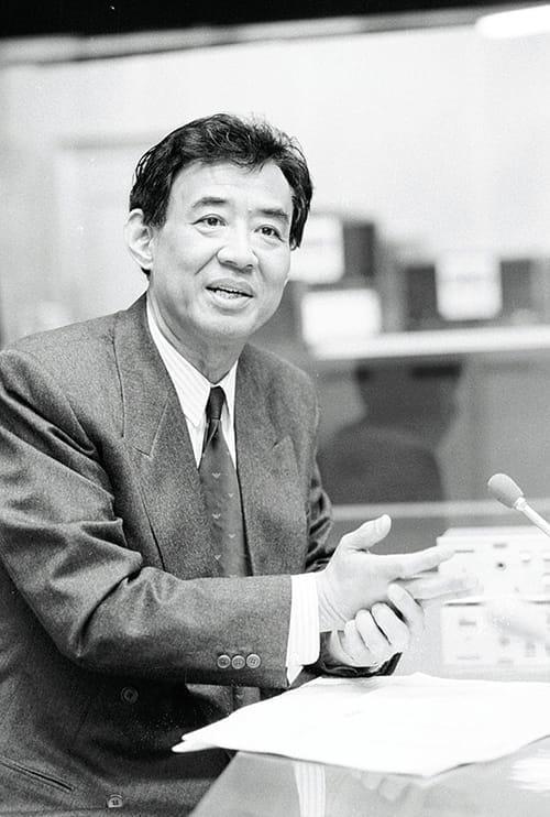 高島忠夫さんの在宅死、家族と地域の支えなくして「願い」はかなわない