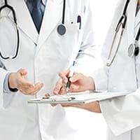 専門医に紹介されず悪化…病名を知るまでに10年かかった私が、信頼できる医師に出会うまで