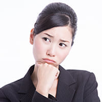 大阪の百貨店スタッフ「生理中バッジ」着用に批判集中「オープンに語る」ってどういうこと?