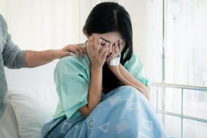 「妊娠するのが怖い!」 流産手術で体と心に傷……不育症の知られざるつらさ