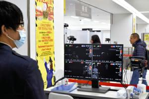 中国人観光客が続々、成田でも警戒…武漢からの直行便は検疫強化