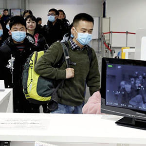 中国の新型コロナウイルス肺炎 見えてきた特徴は