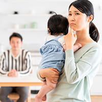 「夜中、突然不安に」という新米ママ 実は「プチ更年期」症状…ホルモン減少による「わがまま」「メソメソ」を理解して