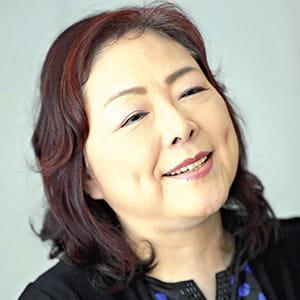 [歌手 丸山圭子さん]卵巣嚢腫(のうしゅ)(4)教育者と表現者 新たな生活
