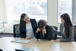 自分だけ希望の部署に配属されずに涙…新入社員が落ち込む季節です