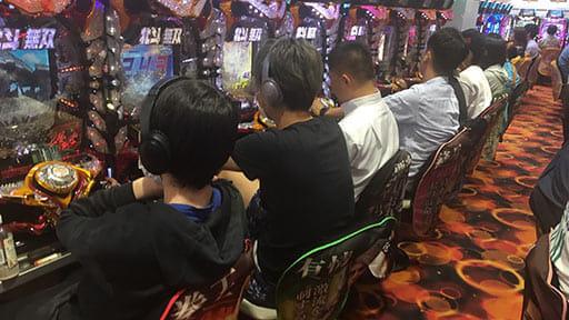 依存 症 問題 考える 会 を ギャンブル