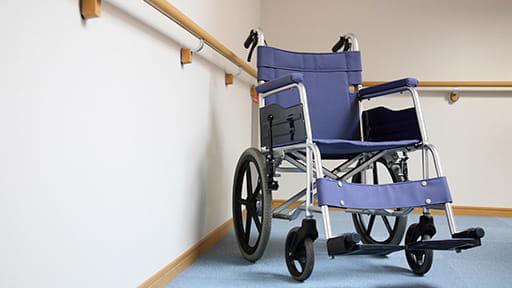 欧米では死者多数…高齢者施設から始まる「医療・介護崩壊」 回避の手立ては