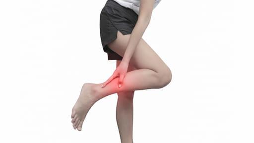 「右足を刺されたのに左足まで発疹」なぜ?…蚊に注意 危険なウイルスも媒介