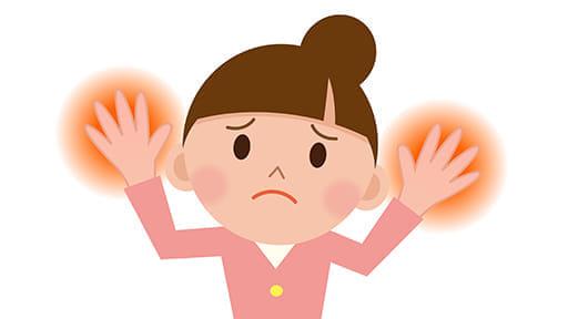 消毒で手荒れがひどい母親 2本の指だけスベスベの謎