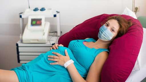 「分娩時の妊婦にマスク」はホントに危険?…コロナ禍に出産の安全を考える