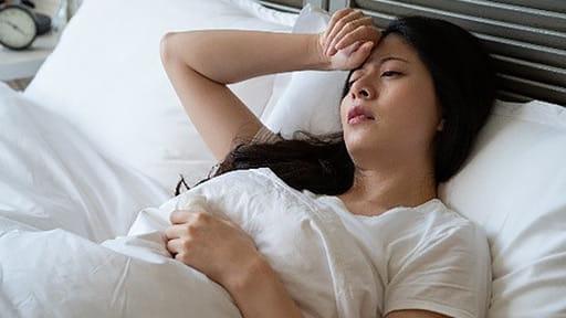 痛みが不眠を招き、不眠が痛みを強くする…悪循環を断つには?