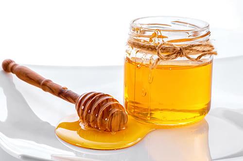 上気道感染症には蜂蜜、標準治療上回る効果 システマチックレビューとメタ解析