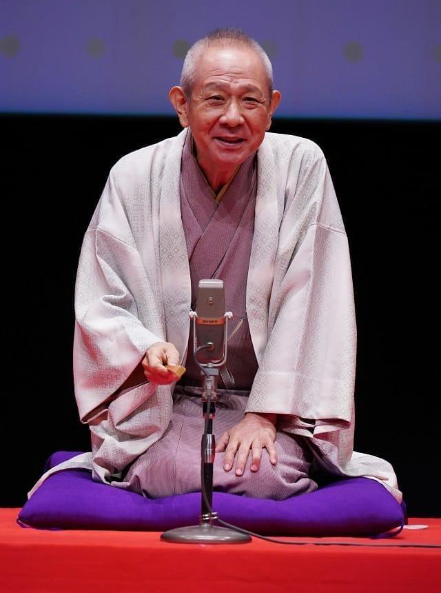 立川らく朝さんの「健康落語」などで盛り上がった人生100歳時代の生き方などを巡るイベント