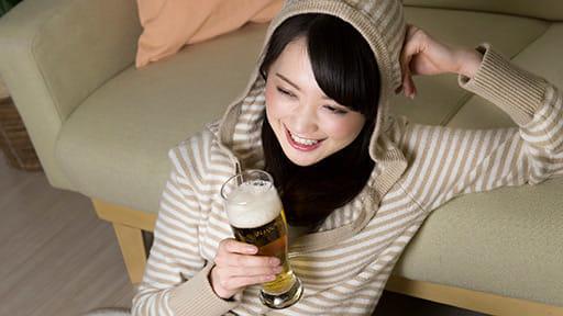 新型コロナで酒量増、依存症で精神科受診