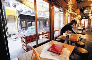 窓開けっ放しは「寒い」・高機能の設備は「高い」…飲食店、悩む感染対策