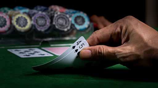 闇カジノの誘惑とワナ(中) 都会のいたるところにある違法ギャンブル