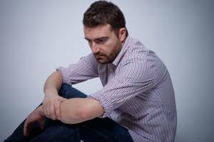 男性脱毛症治療薬が自殺念慮に関係 フィナステリド、45歳以下で顕著な関連性