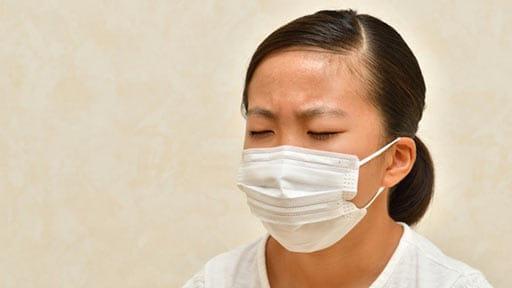長時間のマスク、子どもの健全な発育に悪影響? 使い方はよく考えて