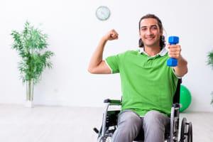 脊髄損傷者の上肢機能は健常者より優れる 筋力調節能力が特異的に高い