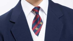 制服は着るのに登校できない…原因を知りたがる大人、話さない子ども