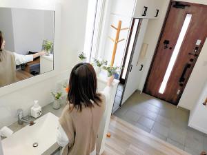 [住]洗面台 玄関近くに設置…コロナ対策