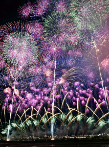 100万人が訪れる新潟・長岡の大花火、2年連続中止…市「安全な開催はできない」