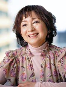 [歌手 太田裕美さん]乳がん(1)右胸に痛み しこり大きく