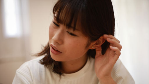 ヘッドホンの大音量で起きる「騒音性難聴」 初期はキーンと耳鳴り…予防するには?