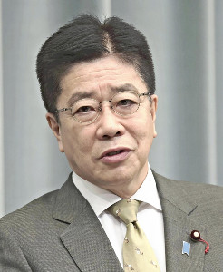 感染拡大で多くの死者が出ているが…改憲論議へ「絶好の契機」加藤官房長官