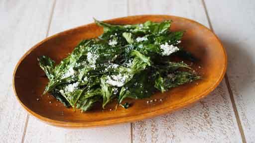 明日葉(アシタバ)チップス…今日、葉を摘んでも明日にはもう葉が出ている明日葉