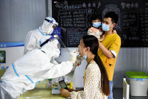 [スキャナー]デルタ株猛威 各国苦悩…中国 空港防疫ほころび 英国 長期の後遺症懸念